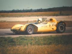 B sports racer yellow.JPG